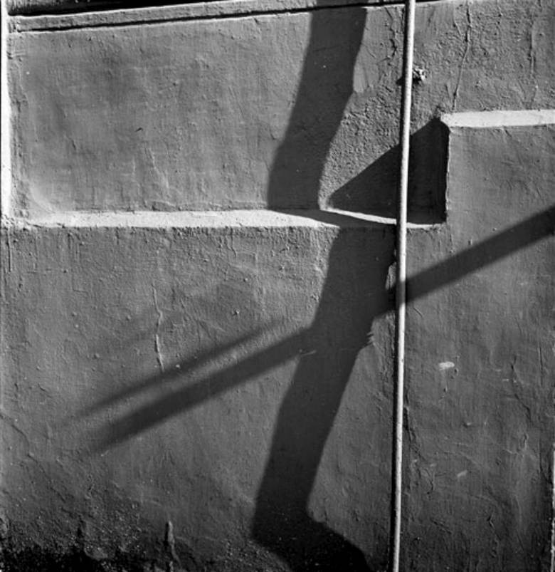 Alexandre Slusarev wall and shadows Moscow 1978